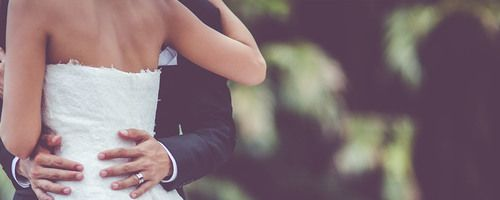 Top Tips For Creating A Beautiful Wedding Website